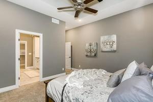 sm-bedroom2